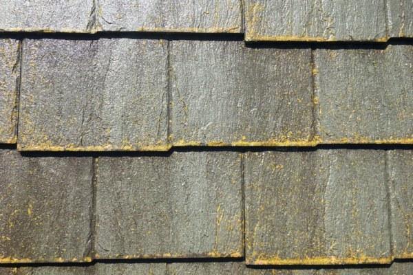 ウロコタイプ屋根の塗装工事の縁切りについて