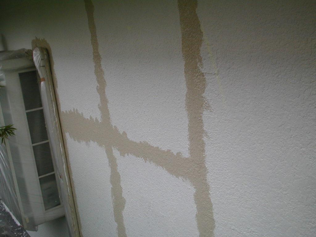 外壁モルタルのクラック処理