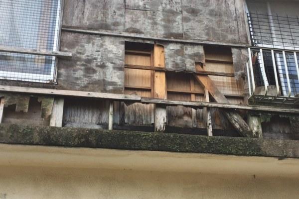 台風による外壁被害の応急処置方法について